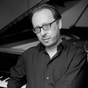 Roberto-Prosseda-pianoforte1-600x900